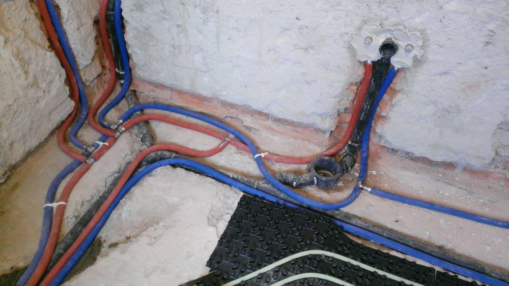 Vodovodne cevi naj bodo enostavne za spajanje