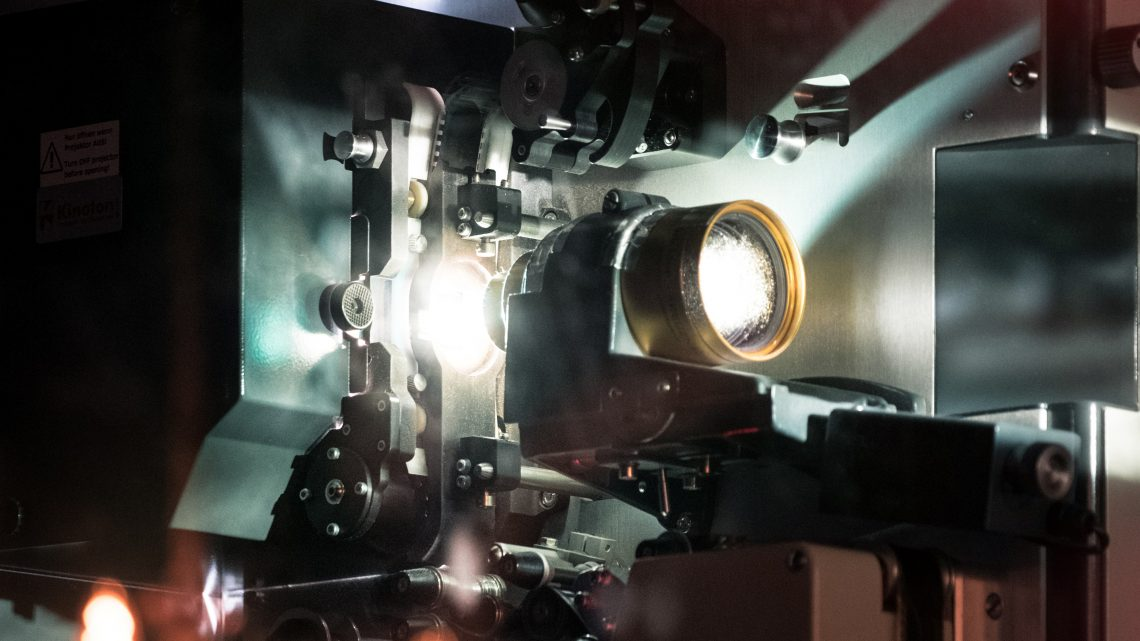 Kje lahko dobimo kvalitetne žarnice za projektorje