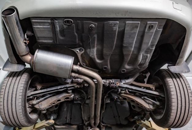 Filter trdih delcev v izpušnem sistemu dizelskega motorja